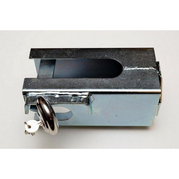Trailer kasselås med Diskus hængelås. Indv. mål : B 103 H 103 mm